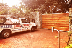 Balau wooden gate-Kloof-14
