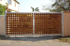 Steel-framed-wooden-sliding-gate-installation-Bluff-8