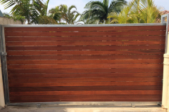 Wooden-sliding-gate-with-horizontal-slats-and-a-steel-frame-2