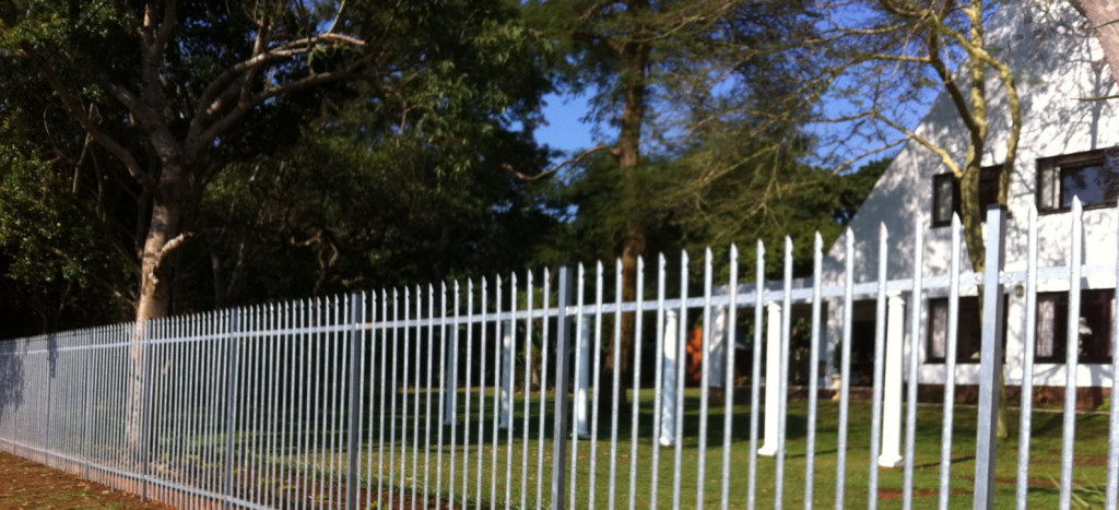 crop2-1600-fencing-master-gates-security-electric-galvanised