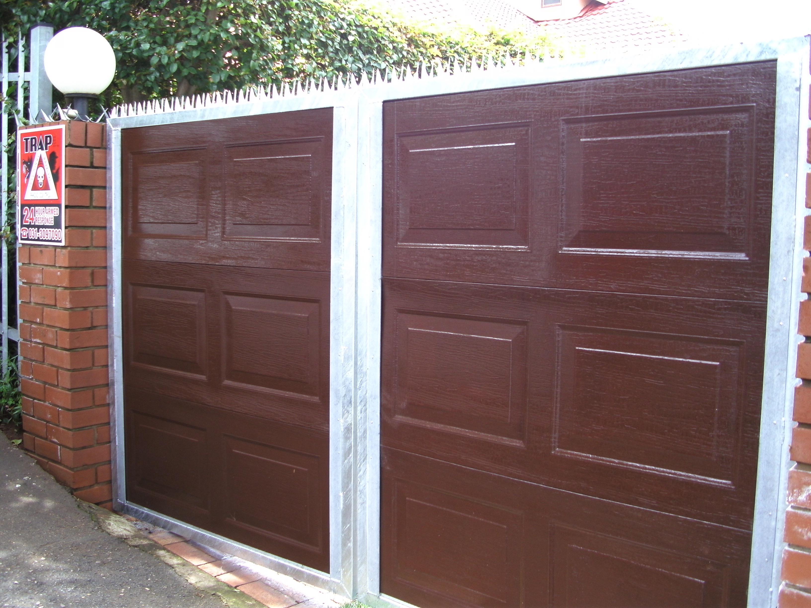 doors swinging wood tutorial wageuzi styles carriage swing remodelaholic garage faux single house door