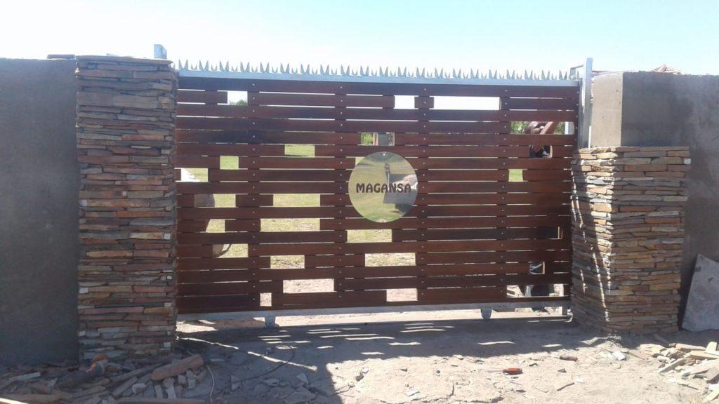 Wooden gate, Balau wooden driveway gate